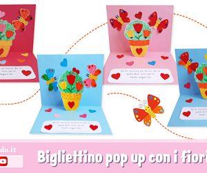 Biglietto pop up con i fiori per la festa della mamma
